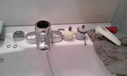 洗面所レバー水栓修理